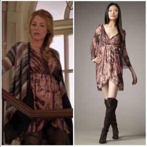 "Alice + Olivia ""Conry"" silk bell sleeve dress M"